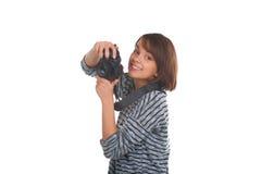 Adolescente precioso con la cámara de la foto Imagen de archivo libre de regalías