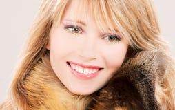 Adolescente precioso en piel Imagen de archivo libre de regalías