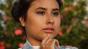 Adolescente preocupante de la muchacha Imagen de archivo libre de regalías