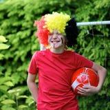 Adolescente que apoya al equipo de fútbol belga Imágenes de archivo libres de regalías