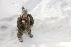 Adolescente que disfruta de invierno Imagen de archivo libre de regalías