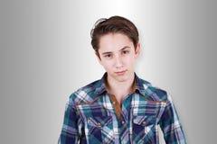 Adolescente que es dudoso sobre algo Fotografía de archivo