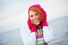 Adolescente que escucha la música Imagen de archivo libre de regalías