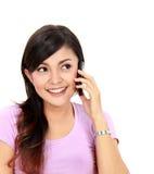 Adolescente que habla en el handphone Foto de archivo libre de regalías
