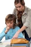 Adolescente que hace su preparación Imagen de archivo