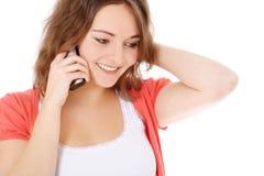 Adolescente que hace una llamada de teléfono Fotos de archivo libres de regalías