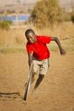Adolescente que juega con la rueda - más acción Foto de archivo
