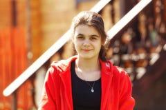 Adolescente que mira la cámara Imagen de archivo