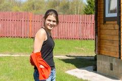 Adolescente que mira la cámara Foto de archivo
