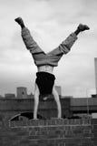 Adolescente que pratica o corredor livre Imagem de Stock