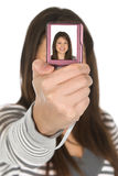 Adolescente que toma un retrato de uno mismo Fotos de archivo