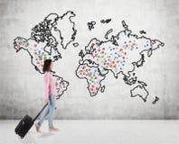 Adolescente que viaja en todo el mundo Imágenes de archivo libres de regalías