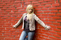 Adolescente rubio, bonito Imagen de archivo