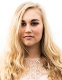 Adolescente rubio hermoso con los ojos azules Fotografía de archivo libre de regalías