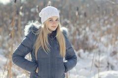 Adolescente rubio joven hermoso Imagenes de archivo