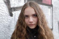 Adolescente serio Foto de archivo