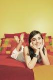 Adolescente sonriente bonito Fotografía de archivo libre de regalías