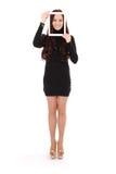Adolescente sonriente con la tableta digital que hace el selfie Foto de archivo libre de regalías
