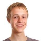 Adolescente sonriente con los apoyos dentales Fotografía de archivo