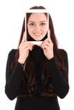 Adolescente sonriente del retrato con la tableta digital que hace el selfie Fotos de archivo