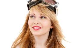Adolescente sonriente en gafas de la snowboard Imagen de archivo libre de regalías