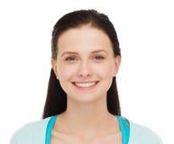 Adolescente sonriente en ropa casual Fotografía de archivo