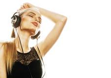Adolescente talentoso dulce joven en el canto de los auriculares aislado Fotos de archivo