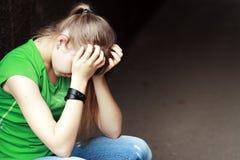Adolescente triste Fotos de archivo libres de regalías