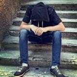 Adolescente triste al aire libre Fotos de archivo libres de regalías