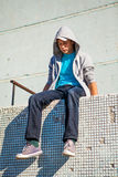 Adolescente triste al aire libre Foto de archivo libre de regalías