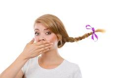 Adolescente triste in capelli windblown della treccia Fotografia Stock