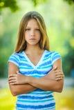 Adolescente triste en blusa azul Fotografía de archivo libre de regalías