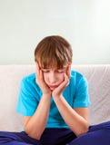 Adolescente triste en el hogar Imagen de archivo libre de regalías