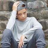 Adolescente triste fora imagens de stock royalty free