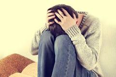 Adolescente triste y preocupado Imagenes de archivo