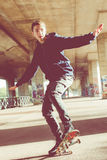 Adolescente urbano del patinador Fotografía de archivo