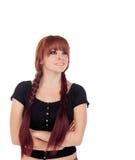 Adolescente vestido en negro con una perforación Fotografía de archivo