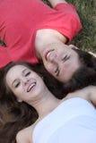 Adolescente y muchacha felices Fotografía de archivo libre de regalías