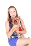Adolescente y perro Foto de archivo libre de regalías