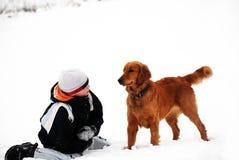Adolescente y su perro Imágenes de archivo libres de regalías