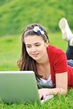 Adolescentes al aire libre Imagenes de archivo