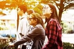 Adolescentes asiáticos Fotos de Stock