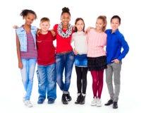 Adolescentes com a roupa diferente que está junto imagens de stock royalty free