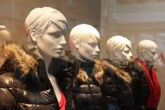 Adolescentes com roupa sazonal Imagem de Stock Royalty Free