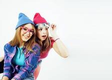 Adolescentes de los mejores amigos junto que se divierten, presentación emocional Fotografía de archivo libre de regalías