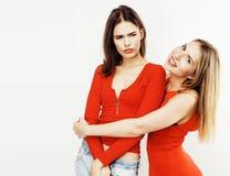 Adolescentes de meilleurs amis ayant ensemble l'amusement, pose émotive Images stock