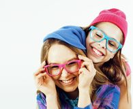 Adolescentes de meilleurs amis ayant ensemble l'amusement, pose émotive Photographie stock