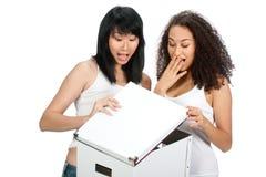 Adolescentes diversos con el rectángulo blanco Foto de archivo libre de regalías