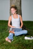Adolescentes domingo preguiçoso fotos de stock royalty free