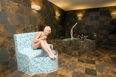 Adolescentes en baños del balneario Fotografía de archivo libre de regalías